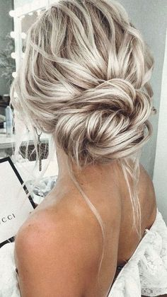 Prom Hairstyles For Short Hair, Chic Hairstyles, Bride Hairstyles, Indian Hairstyles, Celebrity Hairstyles, Simple Wedding Hairstyles, Formal Hairstyles, Simple Hair Updos, Bridesmaid Updo Hairstyles