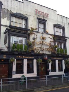 The Briton's Protection Pub, Manchester Best Pubs, Newport Rhode Island, Pub Signs, Blackpool, Ben 10, Diners, British Isles, Confessions, Brewery
