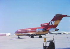 Braniff International B727 preparing to taxi at Dallas Love Field 1975