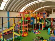 Indoor Playroom As Your Child's Playground 39 Indoor Playroom, Kids Indoor Playground, Indoor Places, Creation Homes, Play Spaces, Toy Rooms, Play Houses, Girl Room, Kids Playing