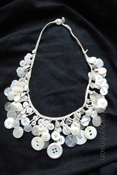 I am going to make one of these this summer! Crochet Vintage Button Necklace