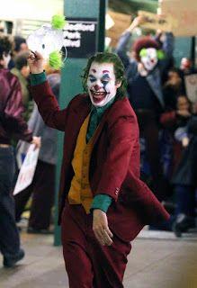 New Joker movie > sex & TV New Joker Movie, Funny Images, Funny Pictures, Joker Hd Wallpaper, Joker Art, Wattpad, Team Fortress 1, All In One App, Old Paintings