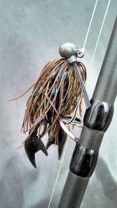 Jay Brainard explains how to catch bass on little jigs. http://www.bradwiegmann.com/guest-bloggers/76-blog-writers/1184-jay-brainard.html