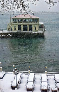 Moda Pier - . . .