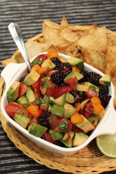 Avocado Fruit Salsa with Cinnamon Tortilla Chips   The Spiffy Cookie