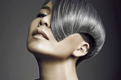 Beautiful metallic platinum haircolor  #SilverHair #PlatinumHair