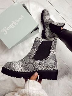 Black likes animal print but does not not wearing boots. Hopefully these cute shoes will get her out of her comfort zone. Sock Shoes, Cute Shoes, Me Too Shoes, Shoe Boots, Shoes Heels, Edgy Shoes, Dress Boots, Ankle Boots, Dream Shoes
