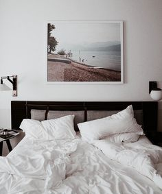 270 Best Black and White Interior Design images Pretty Things, Minimal Bedroom, Decoration Bedroom, White Interior Design, Cozy Room, Dream Bedroom, New Room, Room Inspiration, Living Spaces