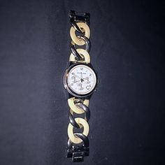 Michael Kors Bracelet Link Watch Perfect condition. Comes in its original packaging. Michael Kors Accessories Watches