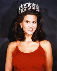 Lu Parker, Miss USA 1994 (Zeta Sigma chapter, College of Charleston)