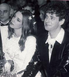 Gustavo Cerati y Cecilia Amenábar el día de su boda Soda Stereo, Recital, Perfect Love, My Love, Rock Argentino, Love Matters, 90s Aesthetic, Rock And Roll, David Bowie
