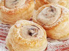 Luumumoussetortut - Reseptit (Plummousse tarts)