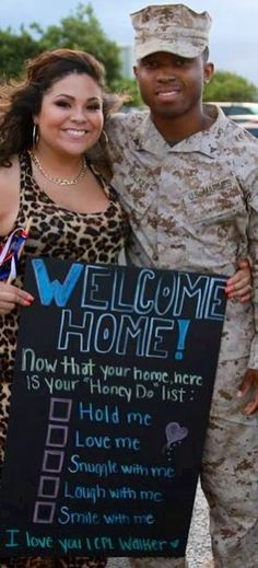 Cute military homecoming sign Military Homecoming Signs, Homecoming Posters, Military Signs, Military Quotes, Military Love, Military Spouse, Military Families, Homecoming Ideas, Homecoming Dresses