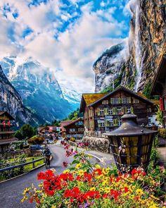 Jungfrau Lauterbrunnen in Switzerland. [pic.twitter.com/EouvvwVhMe] #jungfrau #alps #mountains #switzerland #travel #photography #travelphotography #landscape