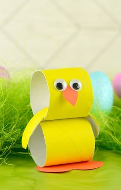 Paper Roll Chick - Easter Crafts for Kids - Growing a Jeweled Rose (play recipes, kids crafts, science, slime, & more) - Winter Fashion Bunny Crafts, Easter Crafts For Kids, Toddler Crafts, Preschool Crafts, Diy For Kids, Spring Crafts, Holiday Crafts, Toilet Paper Roll Crafts, Projects For Kids