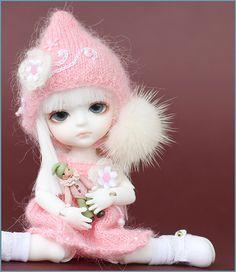 """Snow""... LOVE her!! ♥"