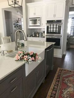 Gorgeous farmhouse gray kitchen cabinets ideas (12)