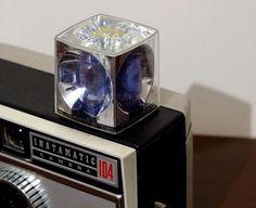 Kamera mit Blitzlichtwürfel