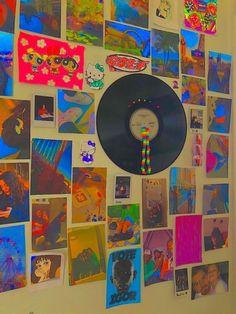 Indie Bedroom, Indie Room Decor, Cute Bedroom Decor, Room Ideas Bedroom, Bedroom Inspo, Bedroom Wall, Aesthetic Indie, Aesthetic Room Decor, Chambre Indie