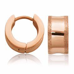 Boucle d'oreille en acier inoxydable de couleur rosé, parfaite pour tous les jours. Bracelets, Gold, Jewelry, Pink Color, Stainless Steel, Boucle D'oreille, Locs, Bangles, Jewlery