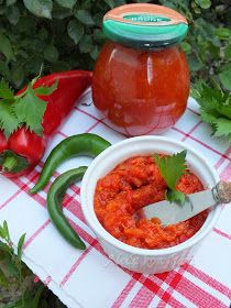 Aleda konyhája: Csípős krémek Ketchup, Vegetables, Ethnic Recipes, Chilis, Food, Red Peppers, Chili, Essen, Vegetable Recipes