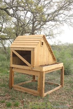 Free plans to build this Saltbox Chicken Coop, Run, and Planter! #Plan
