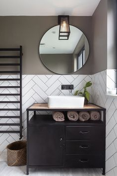 Monochrome bathroom with upcycled vanity unit, bowl sink and herringbone style metro wall tiles Bathroom Mirror Design, Loft Bathroom, Modern Master Bathroom, Small Bathroom Storage, Bathroom Trends, Bathroom Interior Design, White Bathroom, Bathroom Wall, Metro Tiles Bathroom