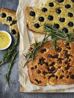 LCHF-focaccia, photo by Columbus Leth, Banting Bread, Low Carb Recipes, Healthy Recipes, Lchf Diet, Breakfast Menu, Grain Foods, Healthy Baking, Italian Recipes, Creme
