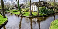 Giethoorn Holland - Town Made of Canals |  brian ytsu /Flickr Creative Commons