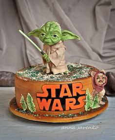 https://flic.kr/p/gCahfq | Star wars Yoda cake
