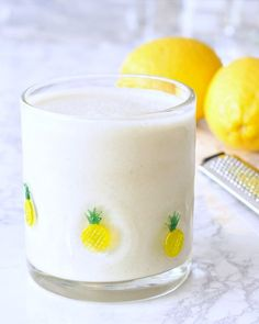Light Bright Lemon Smoothie - fresh and filling, this quick and colorful smoothie is a great snack or breakfast, with flavors of sunshine!       Did you