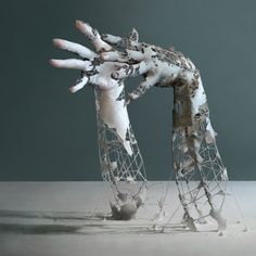 Japanese photographer Yuichi Ikehata | Yuichi creates realistic sculptures of human body parts using clay, wire and paper. He then photographs the sculptures and merges them into unrealistic worlds to create Long Term Memory, an ongoing photographic series that puts audiences in the ambivalent position of not knowing what is real and what is not.
