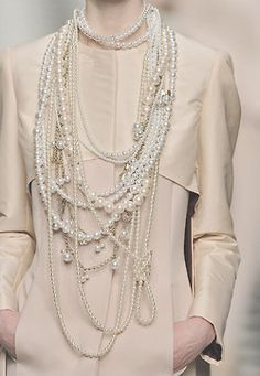 Pearls | neutrals | #fallstyle