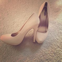 ✨Cream Heels Adorable Cream colored CR Heels. I love these shoes, but they're too small! Worn only once, for 20 minutes. Scuff mark documented. Size 8, but fits like a 7, 7.5. Heel: 3.5 Inches   I sell clothes that no longer fit, please:  No Modeling Please:  No Trades!   Smoke Free ✈️ Fast Shipping Shoes Heels