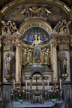 Main Altar in a church Ronda Spain Cathedral Architecture, Sacred Architecture, Amazing Architecture, Old Catholic Church, Catholic Altar, Catholic Churches, Cathedral Basilica, Cathedral Church, Altar Design