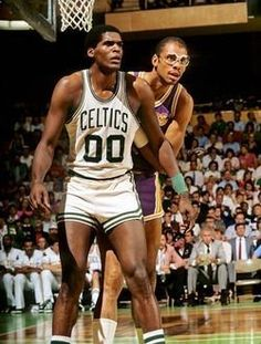 Basketball Pictures, Love And Basketball, Sports Basketball, Basketball Players, Basketball Stuff, College Basketball, Celtics Basketball, Basketball Legends, Boston Celtics