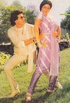 Bollywood Outfits, Bollywood Fashion, Retro Theme Dress, Guess The Movie, Beautiful Bollywood Actress, Indian Movies, Bollywood Stars, Bollywood Celebrities, Up Styles