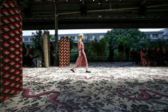 Gucci Spring 2016 Ready-to-Wear Fashion Show Atmosphere