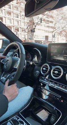 Cool Instagram, Instagram Story, I Got A Car, Mix Baby Girl, Funny Instagram Captions, Bmw Girl, New Luxury Cars, Mercedez Benz, Snapchat Girls