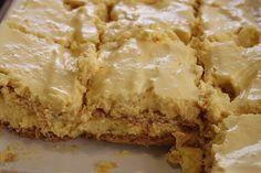 Resep-video: Pynappel-yskastert Guava Desserts, Milktart Recipe, Chocolate Lasagne, Baked Mashed Potatoes, Caramel Treats, Good Food, Yummy Food, Sweet Tarts, Pinterest Recipes