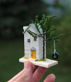 Little Wood House Fireplaces Ideas Driftwood Crafts, Wooden Crafts, Diy And Crafts, Miniature Crafts, Miniature Houses, Miniature Dollhouse, Small Wooden House, Wooden Houses, Paper Houses