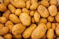 Potatoes are great nutrition. Are potatoes healthy ? Potato is the most prominent vegetable worldwide, but in recent times, due to . Potato Gardening, Organic Gardening, Vegetable Gardening, Healthy Soup Recipes, Whole Food Recipes, Eat Healthy, Healthy Living, Whole Foods, Potato Soup