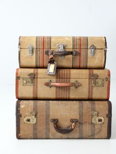 A vintage striped suitcase circa The hard case luggage features a golden tan cover with rust red tone striping. It has a rust brown leather trim and a leather handle. Brass tone fixtures and lo Vintage Suitcases, Vintage Luggage, Vintage Travel, Vintage Love, Vintage Decor, Retro Vintage, Vintage Items, Old Trunks, Vintage Trunks