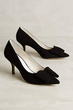 I'm beginning to like low heeled pumps! It's ALL about comfort right now