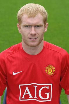 Paul Scholes of Manchester United poses during the club's official annual photocall at Old Trafford on August 28 2007 in Manchester England Old Trafford, Manchester England, Manchester United Football, August 28, Man United, Poses, Club, Football Players, Polo Ralph Lauren