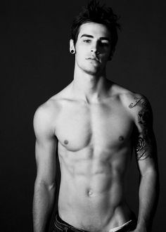 Brandyn Farrell (every shirtless man should look like)
