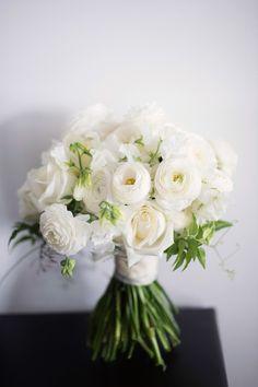 Photography: Jonathan Wherrett - jonathanwherrett.com Read More: http://www.stylemepretty.com/australia-weddings/2015/05/06/elegant-romantic-sydney-wedding/