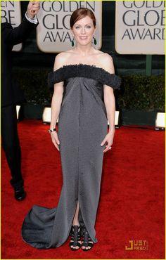 Julianne Moore - Golden Globes 2010 Red Carpet
