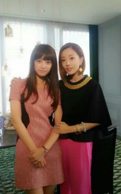 Kim Ji Won and Yun Son Ha, aka Rachel Yoo's mom Esther Lee on the set of The #Heirs