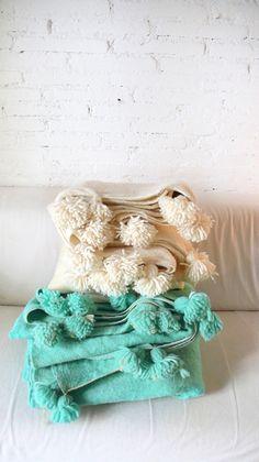 Moroccan POM POM Wool Blanket Ecru